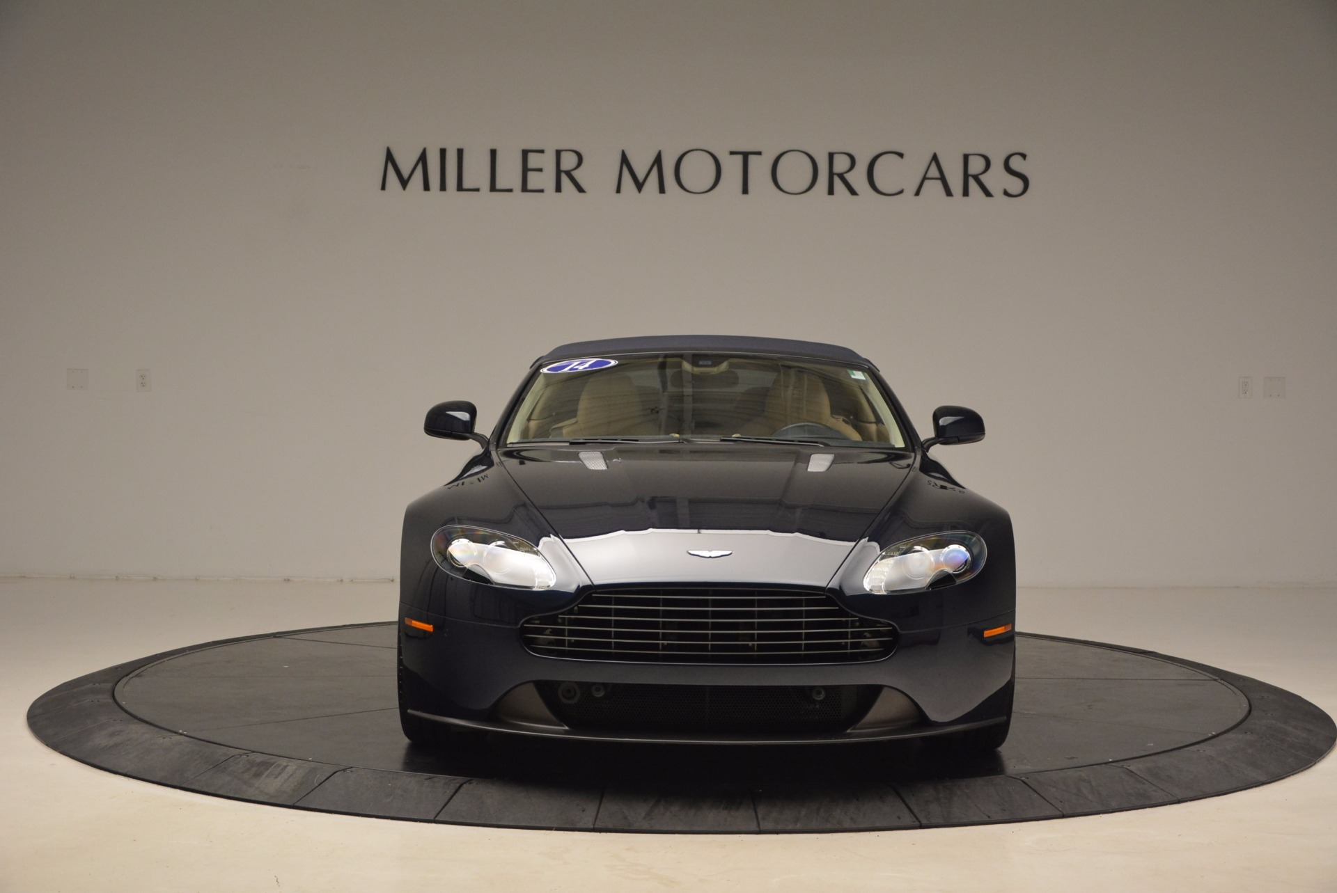 Used 2014 Aston Martin V8 Vantage Roadster | Greenwich, CT