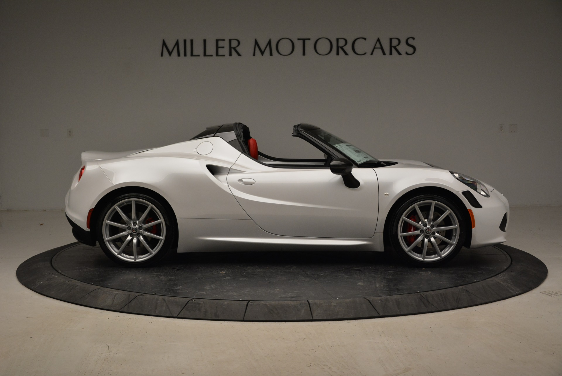 New 2018 Alfa Romeo 4C Spider | Greenwich, CT