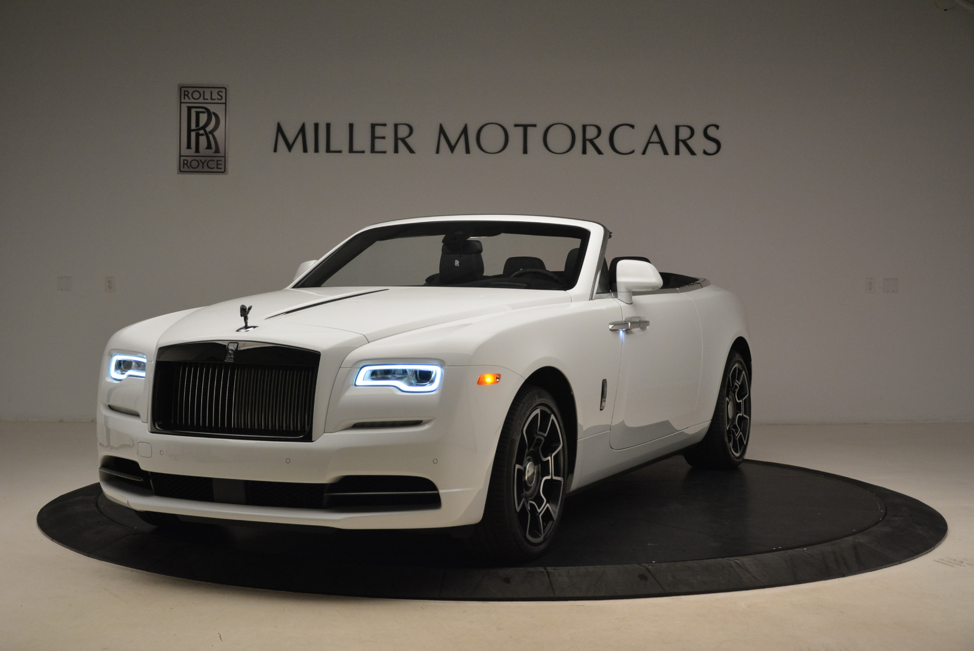 New 2018 Rolls-Royce Dawn Black Badge | Greenwich, CT