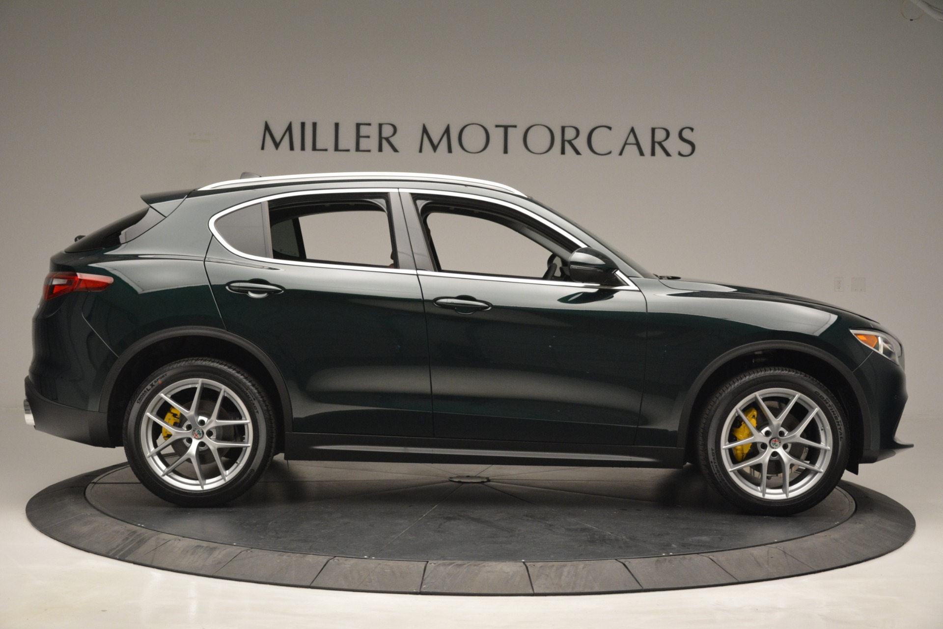 New 2019 Alfa Romeo Stelvio Q4 | Greenwich, CT