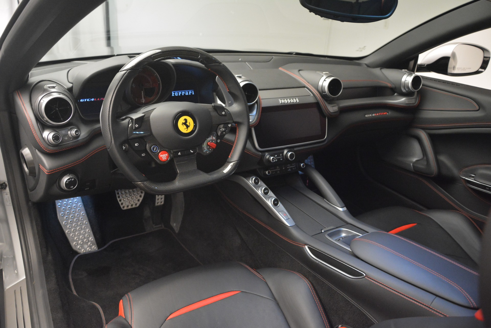 Used 2018 Ferrari GTC4LussoT V8   Greenwich, CT