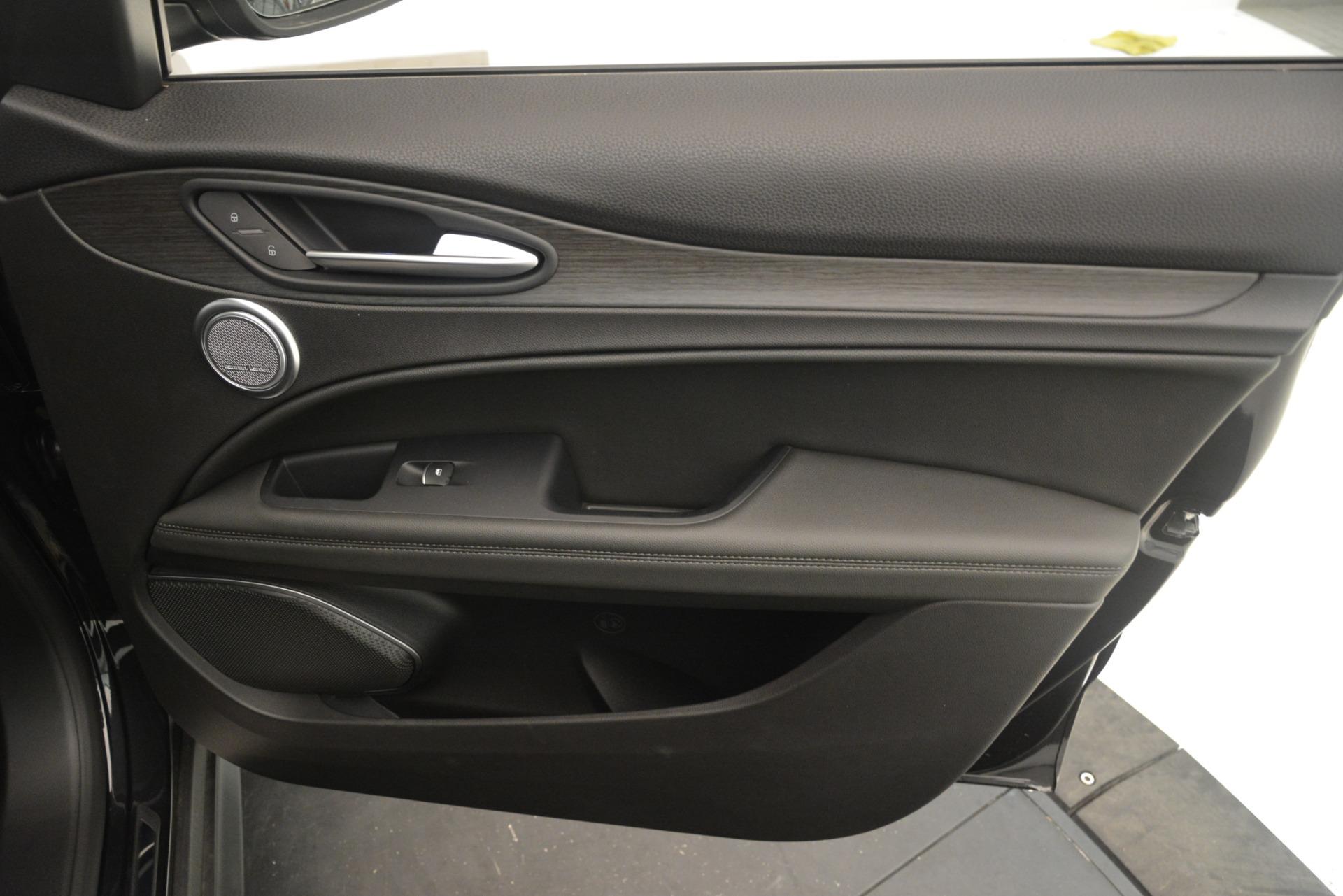 New 2019 Alfa Romeo Stelvio Ti Q4 | Greenwich, CT