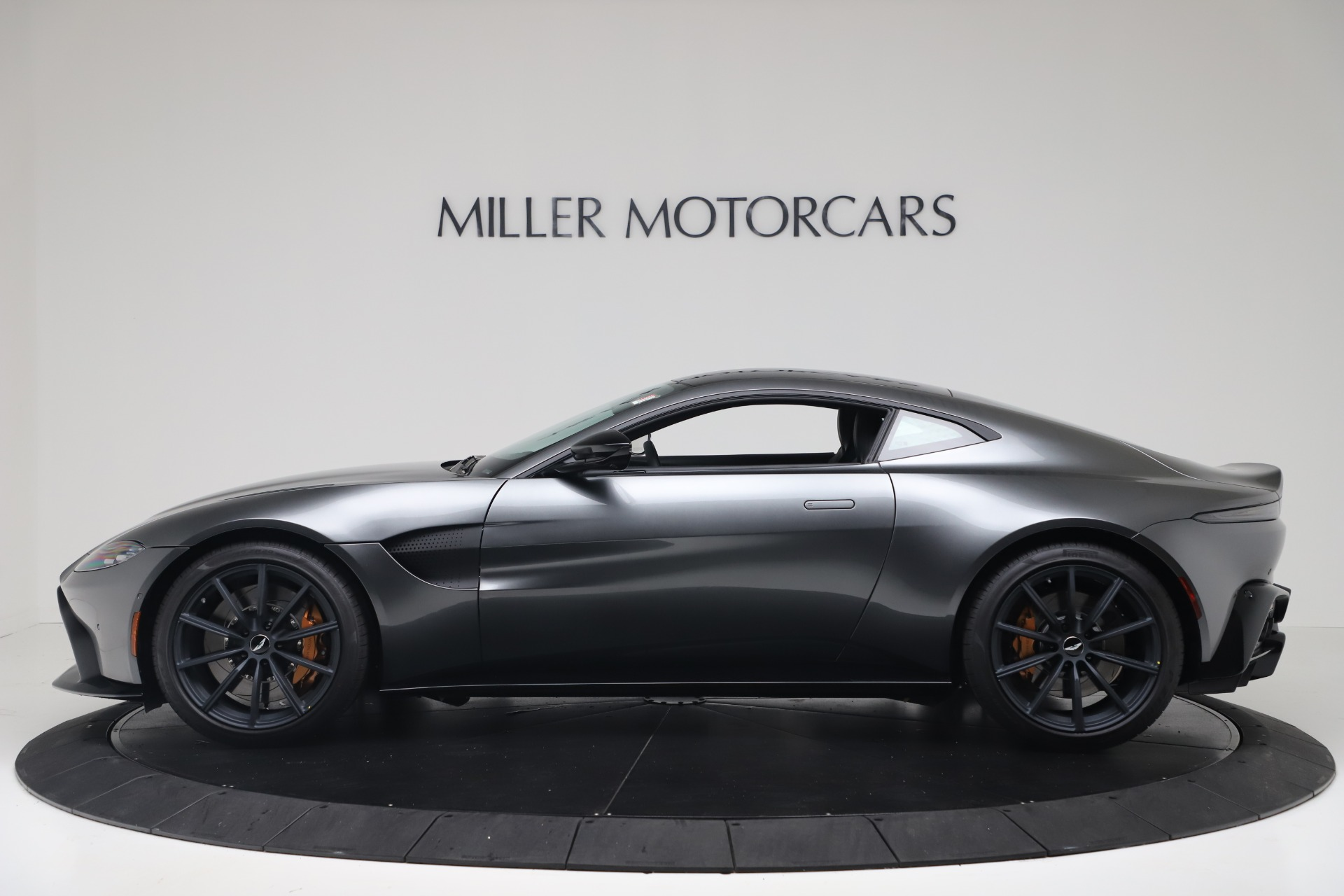 New 2020 Aston Martin Vantage Coupe | Greenwich, CT