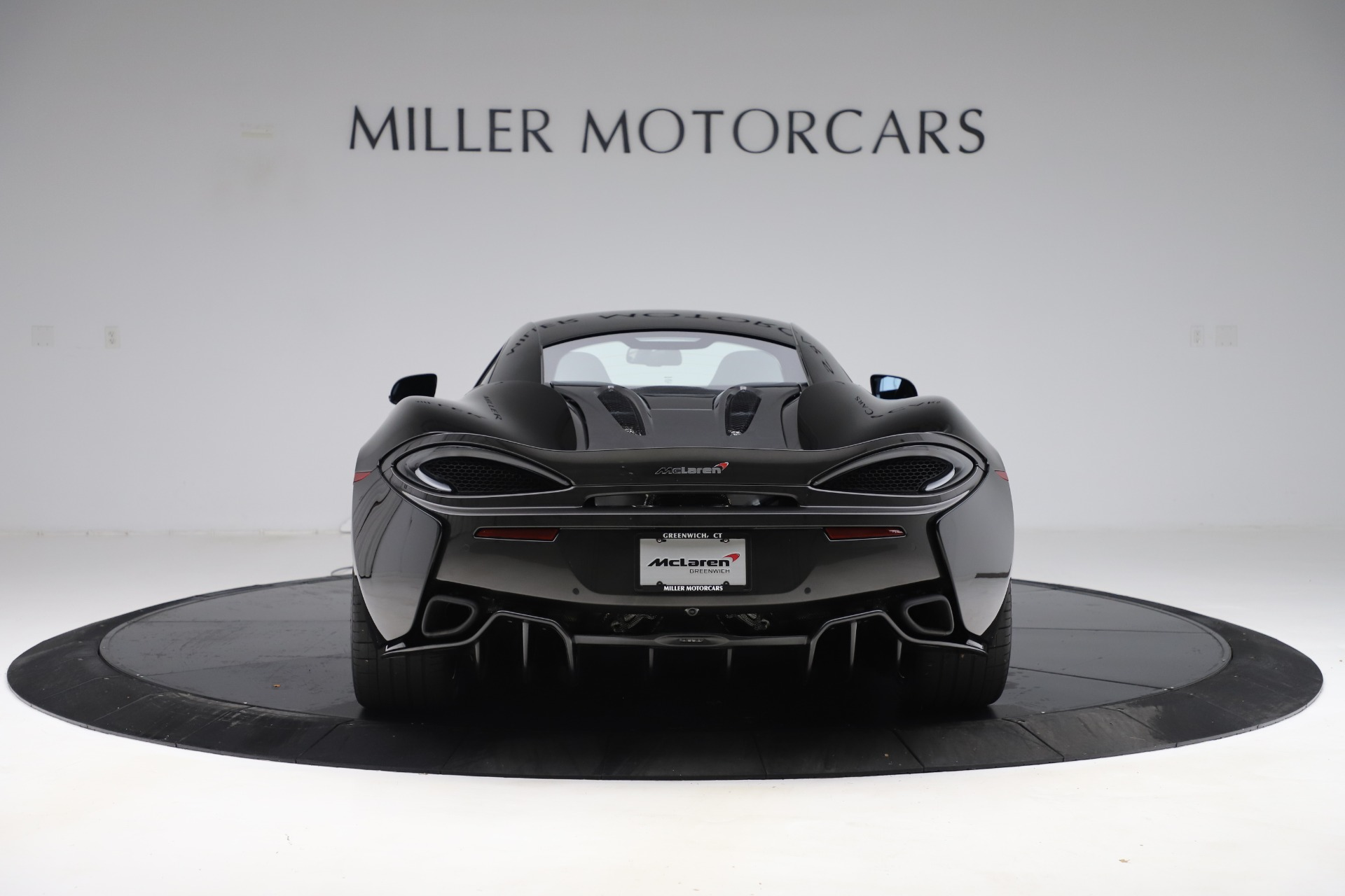 Used 2017 McLaren 570S Coupe | Greenwich, CT