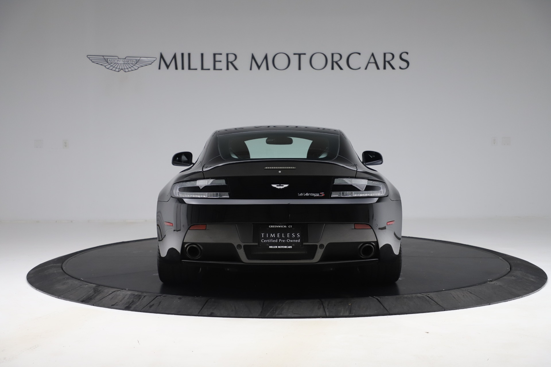 Used 2015 Aston Martin V12 Vantage S Coupe | Greenwich, CT