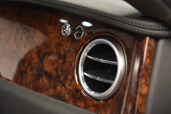 Used 2014 Bentley Flying Spur for sale Sold at Pagani of Greenwich in Greenwich CT 06830 10