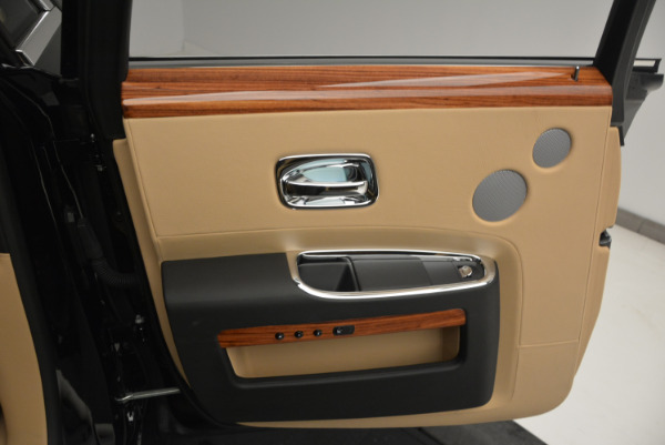 Used 2013 Rolls-Royce Ghost for sale Sold at Pagani of Greenwich in Greenwich CT 06830 19