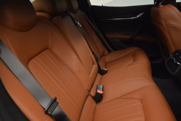 New 2017 Maserati Ghibli S Q4 EX-Loaner for sale Sold at Pagani of Greenwich in Greenwich CT 06830 17