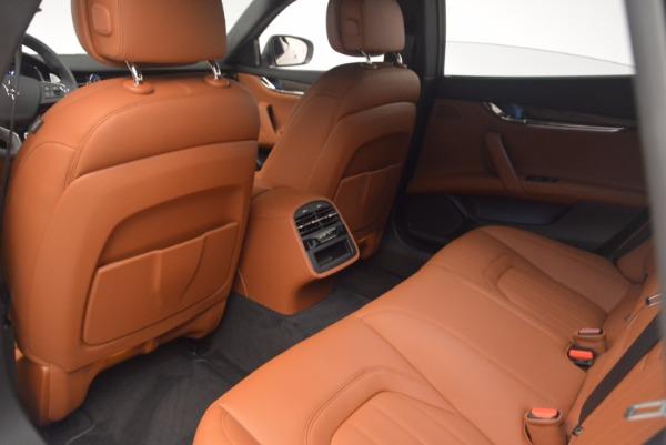 Used 2017 Maserati Quattroporte SQ4 for sale Sold at Pagani of Greenwich in Greenwich CT 06830 17