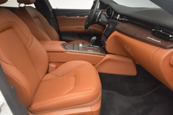 Used 2017 Maserati Quattroporte SQ4 for sale Sold at Pagani of Greenwich in Greenwich CT 06830 23
