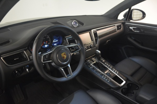 Used 2016 Porsche Macan Turbo for sale Sold at Pagani of Greenwich in Greenwich CT 06830 17