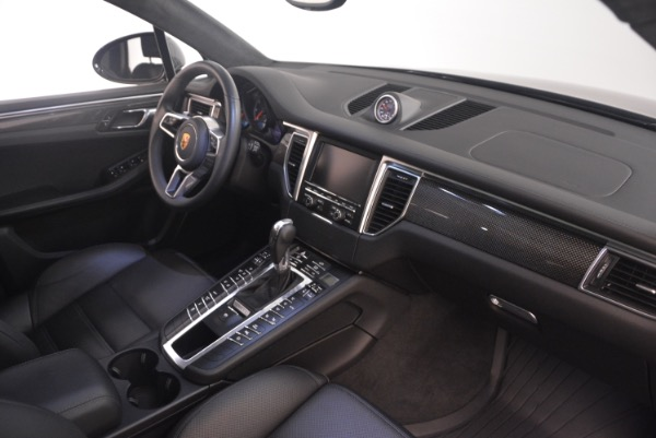 Used 2016 Porsche Macan Turbo for sale Sold at Pagani of Greenwich in Greenwich CT 06830 21