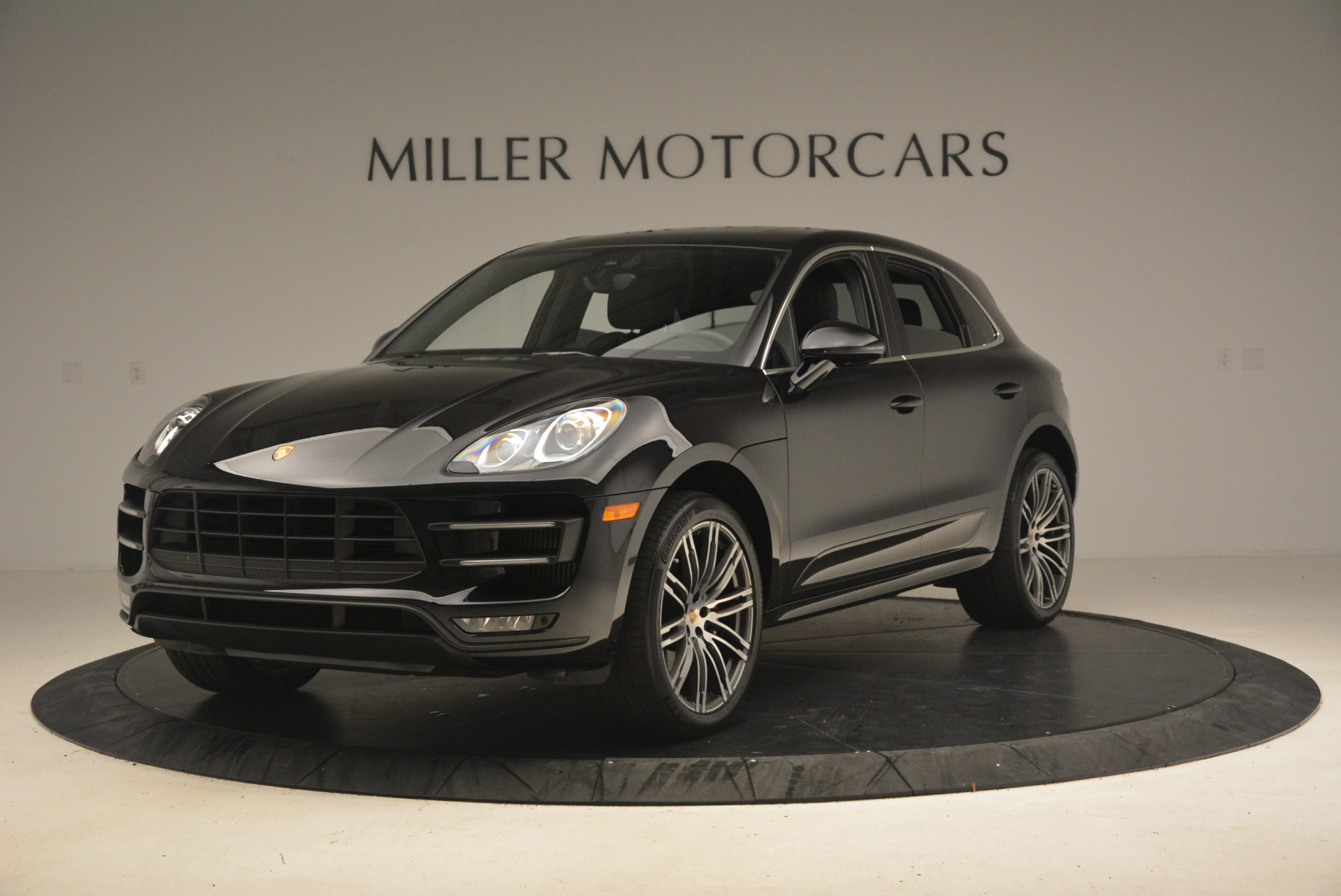 Used 2016 Porsche Macan Turbo for sale Sold at Pagani of Greenwich in Greenwich CT 06830 1