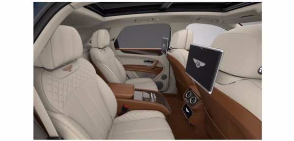 Used 2017 Bentley Bentayga W12 for sale Sold at Pagani of Greenwich in Greenwich CT 06830 7