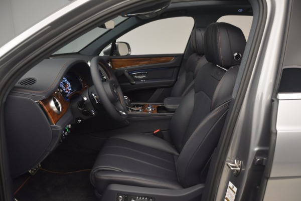 New 2018 Bentley Bentayga Onyx for sale Sold at Pagani of Greenwich in Greenwich CT 06830 24