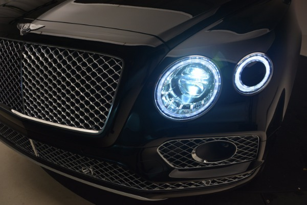 New 2018 Bentley Bentayga Activity Edition-Now with seating for 7!!! for sale Sold at Pagani of Greenwich in Greenwich CT 06830 19