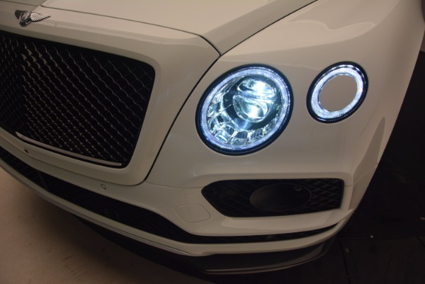 New 2018 Bentley Bentayga Black Edition for sale Sold at Pagani of Greenwich in Greenwich CT 06830 19