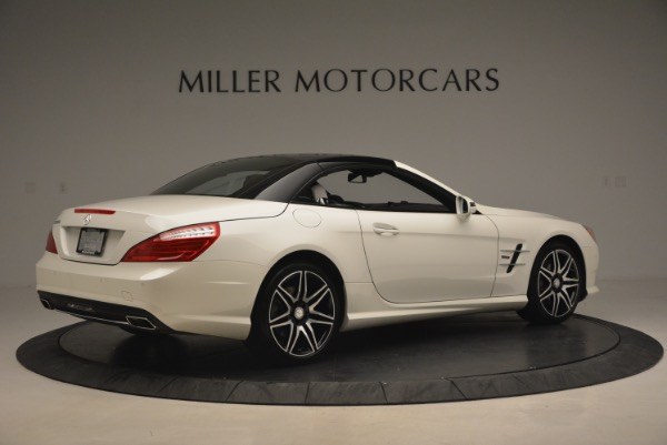 Used 2015 Mercedes Benz SL-Class SL 550 for sale Sold at Pagani of Greenwich in Greenwich CT 06830 22