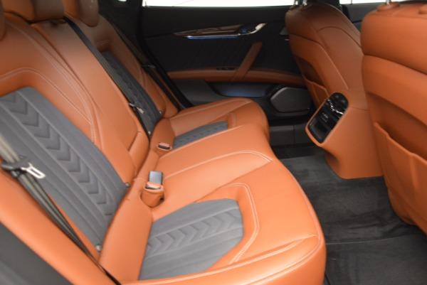 New 2017 Maserati Quattroporte S Q4 GranLusso for sale Sold at Pagani of Greenwich in Greenwich CT 06830 24