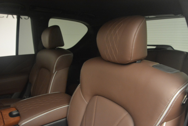 Used 2015 INFINITI QX80 Limited 4WD for sale Sold at Pagani of Greenwich in Greenwich CT 06830 17