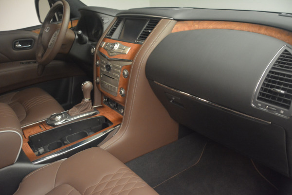 Used 2015 INFINITI QX80 Limited 4WD for sale Sold at Pagani of Greenwich in Greenwich CT 06830 27