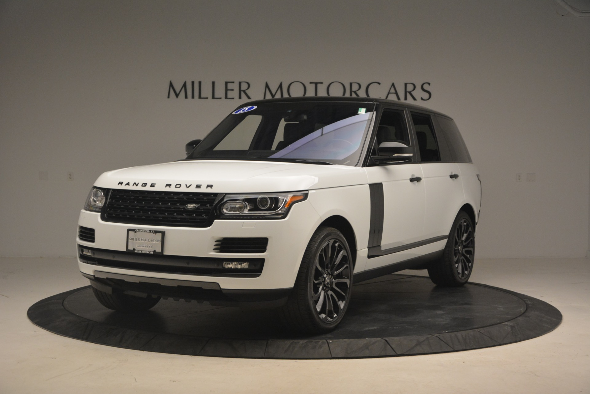 Used 2015 Land Rover Range Rover Supercharged for sale Sold at Pagani of Greenwich in Greenwich CT 06830 1