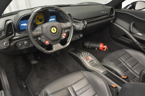 Used 2012 Ferrari 458 Spider for sale Sold at Pagani of Greenwich in Greenwich CT 06830 25
