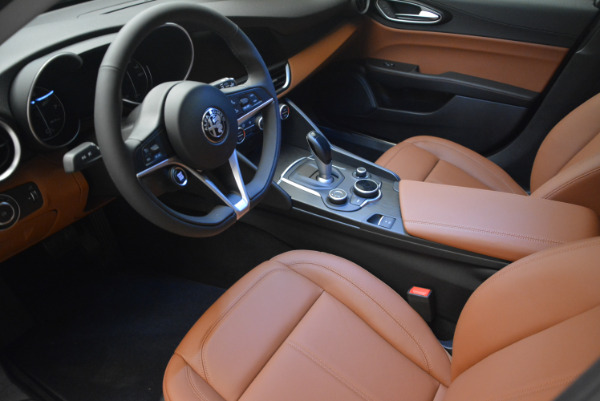 New 2017 Alfa Romeo Giulia Q4 for sale Sold at Pagani of Greenwich in Greenwich CT 06830 11