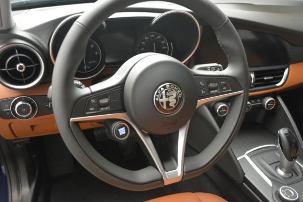 New 2017 Alfa Romeo Giulia Q4 for sale Sold at Pagani of Greenwich in Greenwich CT 06830 13