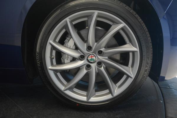 New 2017 Alfa Romeo Giulia Q4 for sale Sold at Pagani of Greenwich in Greenwich CT 06830 20