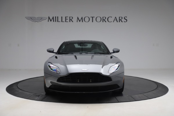 Used 2017 Aston Martin DB11 for sale $149,900 at Pagani of Greenwich in Greenwich CT 06830 11