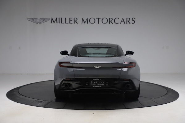 Used 2017 Aston Martin DB11 V12 for sale $149,900 at Pagani of Greenwich in Greenwich CT 06830 5