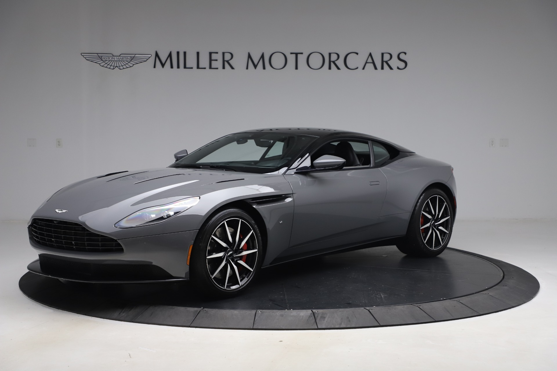 Used 2017 Aston Martin DB11 for sale $149,900 at Pagani of Greenwich in Greenwich CT 06830 1