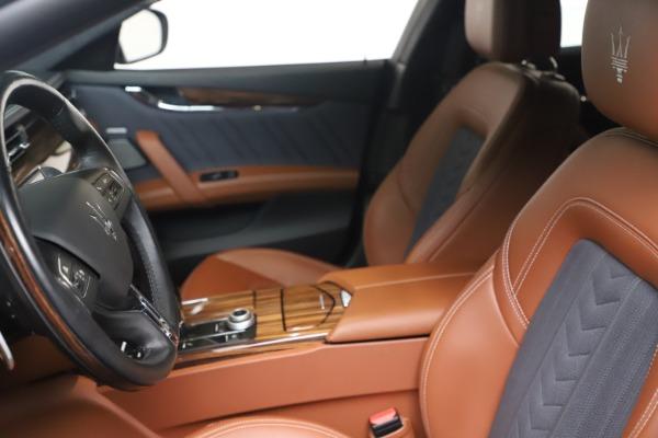 Used 2017 Maserati Quattroporte SQ4 GranLusso/ Zegna for sale $62,900 at Pagani of Greenwich in Greenwich CT 06830 14