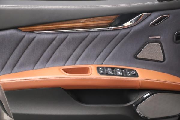 Used 2017 Maserati Quattroporte SQ4 GranLusso/ Zegna for sale $62,900 at Pagani of Greenwich in Greenwich CT 06830 17