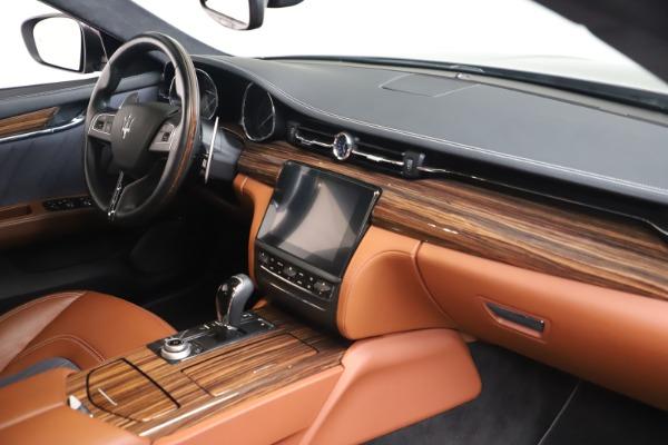 Used 2017 Maserati Quattroporte SQ4 GranLusso/ Zegna for sale $62,900 at Pagani of Greenwich in Greenwich CT 06830 19