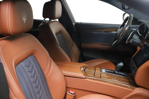 Used 2017 Maserati Quattroporte SQ4 GranLusso/ Zegna for sale $62,900 at Pagani of Greenwich in Greenwich CT 06830 20