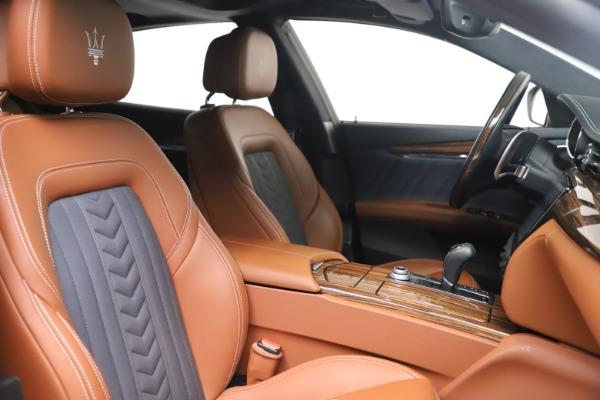 Used 2017 Maserati Quattroporte SQ4 GranLusso/ Zegna for sale $62,900 at Pagani of Greenwich in Greenwich CT 06830 21