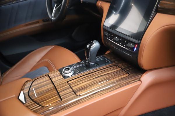 Used 2017 Maserati Quattroporte SQ4 GranLusso/ Zegna for sale $62,900 at Pagani of Greenwich in Greenwich CT 06830 22