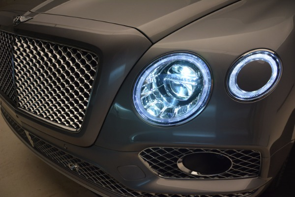 New 2018 Bentley Bentayga for sale Sold at Pagani of Greenwich in Greenwich CT 06830 16