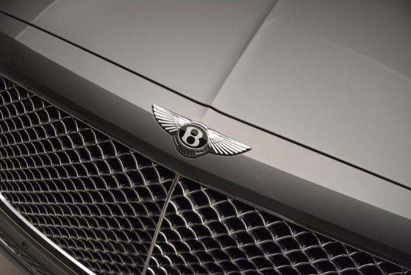 New 2018 Bentley Bentayga for sale Sold at Pagani of Greenwich in Greenwich CT 06830 17