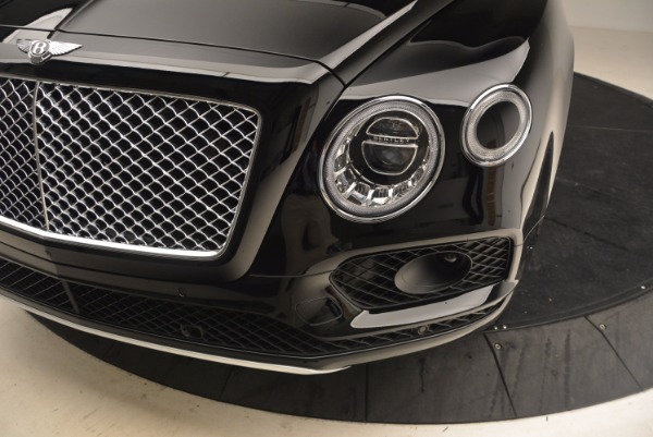 New 2018 Bentley Bentayga Onyx for sale Sold at Pagani of Greenwich in Greenwich CT 06830 14