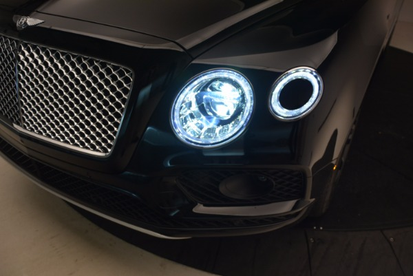 Used 2018 Bentley Bentayga Onyx Edition for sale $147,900 at Pagani of Greenwich in Greenwich CT 06830 17