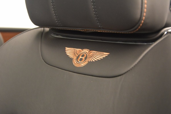 New 2018 Bentley Bentayga Onyx for sale Sold at Pagani of Greenwich in Greenwich CT 06830 26