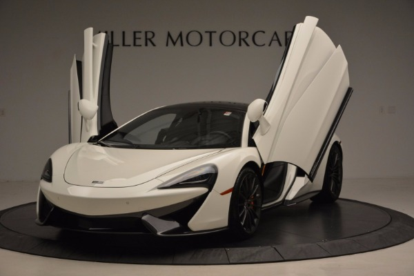 Used 2017 McLaren 570GT for sale Sold at Pagani of Greenwich in Greenwich CT 06830 23