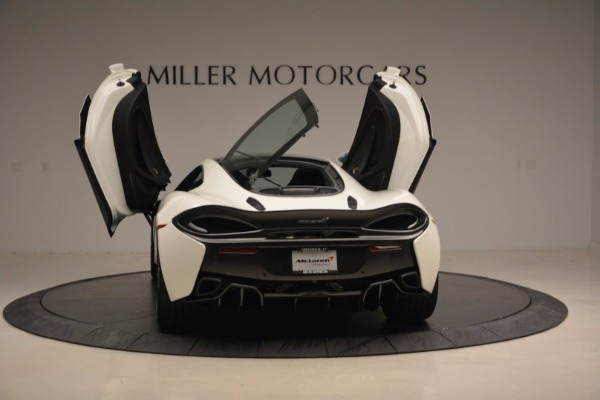 Used 2017 McLaren 570GT for sale Sold at Pagani of Greenwich in Greenwich CT 06830 25