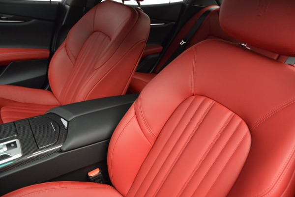 Used 2014 Maserati Ghibli S Q4 for sale Sold at Pagani of Greenwich in Greenwich CT 06830 16
