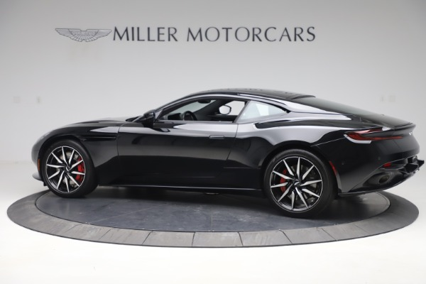 Used 2017 Aston Martin DB11 V12 Coupe for sale $135,900 at Pagani of Greenwich in Greenwich CT 06830 4