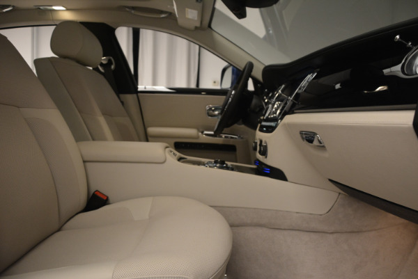 Used 2010 Rolls-Royce Ghost for sale Sold at Pagani of Greenwich in Greenwich CT 06830 21