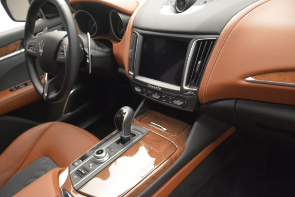 Used 2018 Maserati Levante Q4 GranLusso for sale Sold at Pagani of Greenwich in Greenwich CT 06830 24
